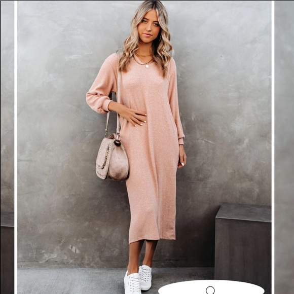 Vici Coley Pocketed Hooded Knit Midi Dress